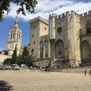 Avignon Tour