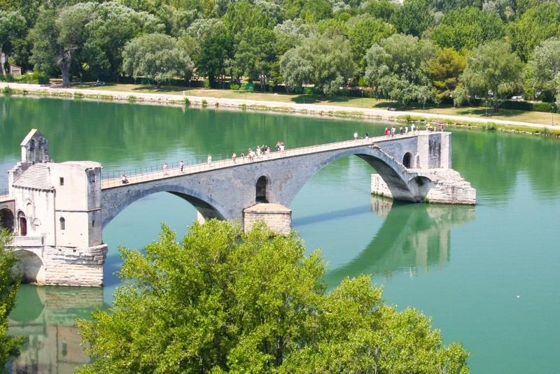 Avignon Day Tours
