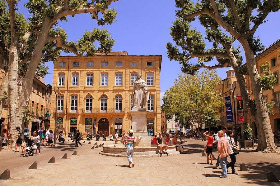 Une journ e aix en provence visite priv e guide - Place de port disponible mediterranee ...