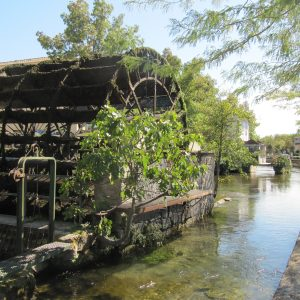 L'Isle sur Sorgue Walking Tour