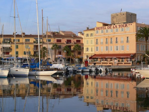 provence private tour sanary sur mer hotel de la tour